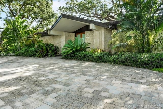 6 Bedrooms, Country Club Section Rental in Miami, FL for $18,000 - Photo 2