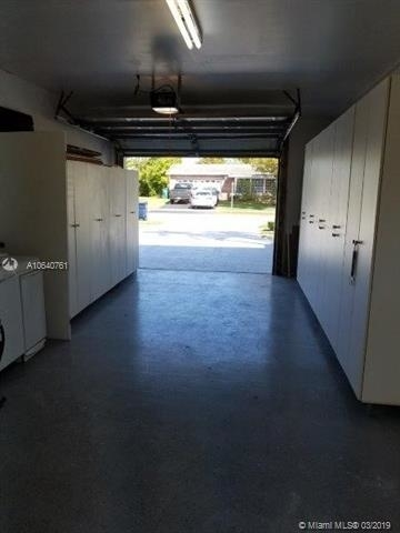 3 Bedrooms, Kendall Rental in Miami, FL for $2,700 - Photo 2