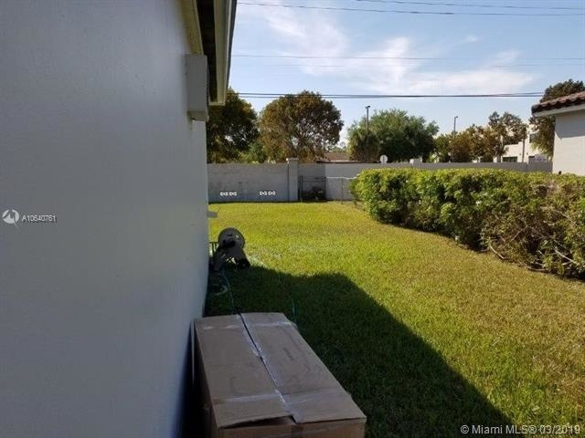 3 Bedrooms, Kendall Rental in Miami, FL for $2,700 - Photo 1