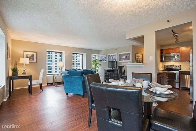 2 Bedrooms, Gold Coast Rental in Chicago, IL for $3,200 - Photo 1