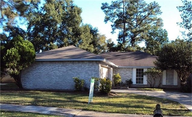 3 Bedrooms, Greengate Place Rental in Houston for $1,350 - Photo 2