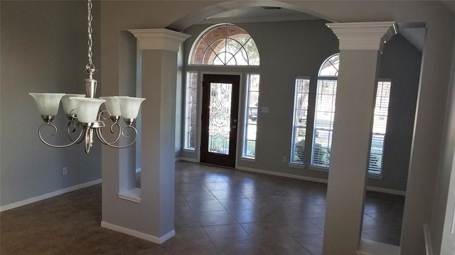 4 Bedrooms, Heritage Square Rental in Houston for $2,000 - Photo 2