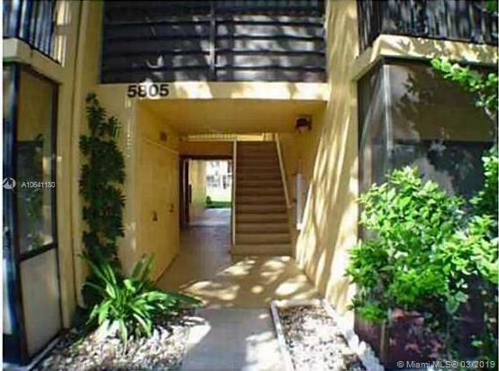 2 Bedrooms, Lawn Acres Rental in Miami, FL for $1,490 - Photo 2