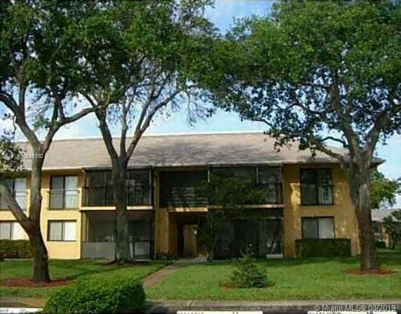 2 Bedrooms, Lawn Acres Rental in Miami, FL for $1,490 - Photo 1
