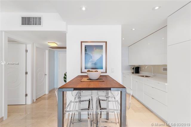 2 Bedrooms, Oceanfront Rental in Miami, FL for $5,000 - Photo 2