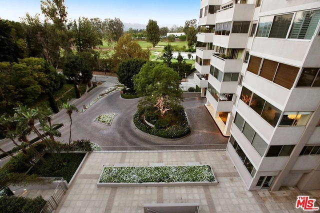 2 Bedrooms, Holmby Hills Rental in Los Angeles, CA for $5,450 - Photo 2