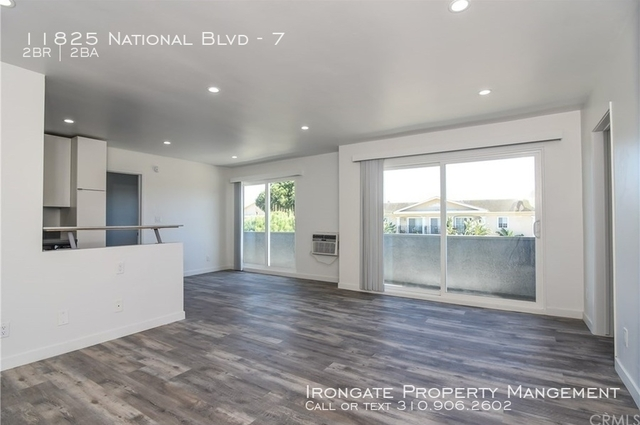 2 Bedrooms, Financial District Rental in Los Angeles, CA for $3,000 - Photo 2