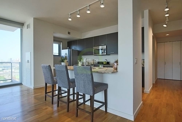 2 Bedrooms, River West Rental in Chicago, IL for $3,225 - Photo 1
