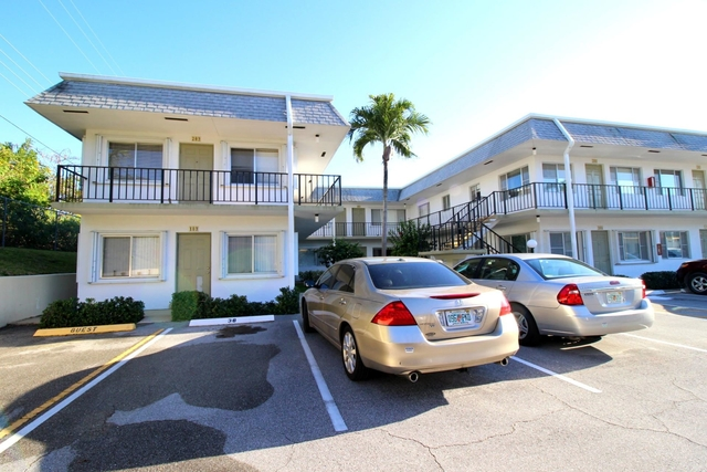 1 Bedroom, Murry Hills Condominiums Rental in Miami, FL for $875 - Photo 1