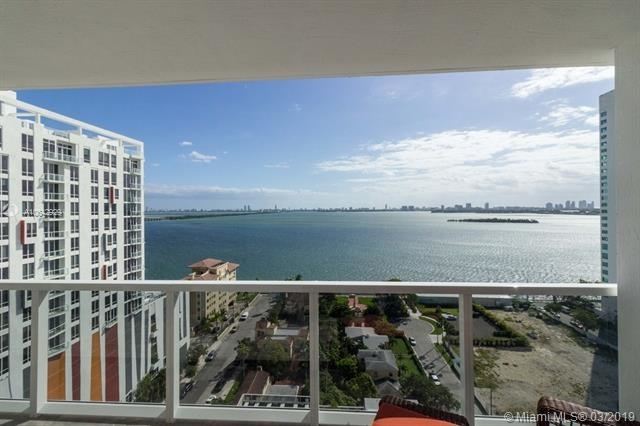 3 Bedrooms, Goldcourt Rental in Miami, FL for $3,900 - Photo 2