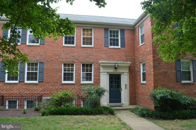 2 Bedrooms, Belle Haven Rental in Washington, DC for $1,600 - Photo 1