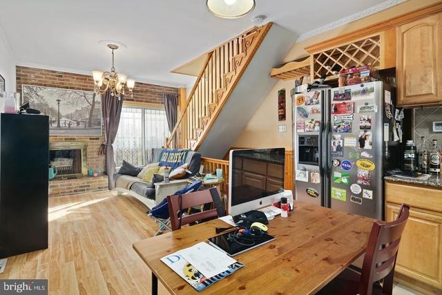 2 Bedrooms, Logan Square Rental in Philadelphia, PA for $1,800 - Photo 2