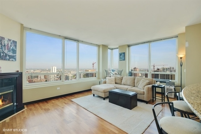 2 Bedrooms, Near North Side Rental in Chicago, IL for $3,300 - Photo 2