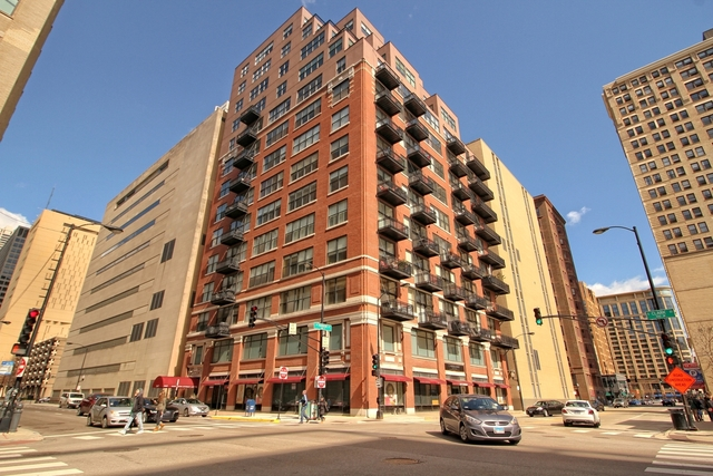 2 Bedrooms, Printer's Row Rental in Chicago, IL for $2,650 - Photo 1