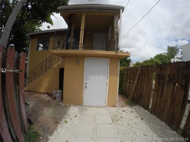 1 Bedroom, Westhaven Rental in Miami, FL for $900 - Photo 2