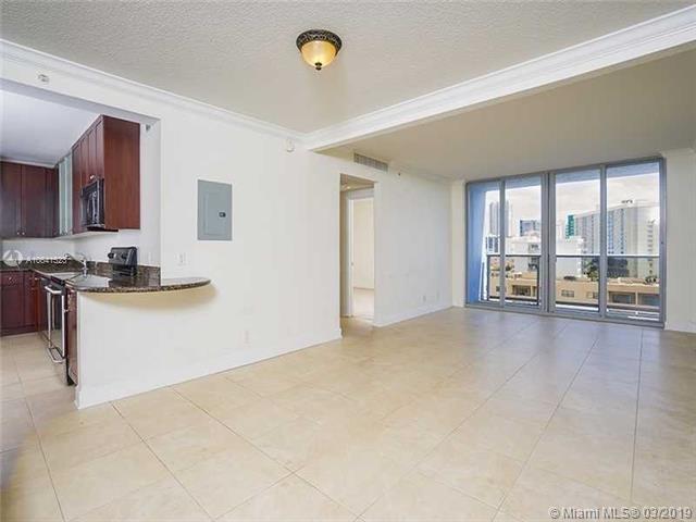 2 Bedrooms, Atlantic Heights Rental in Miami, FL for $2,300 - Photo 2