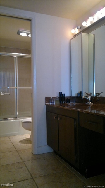 1 Bedroom, Millionaire's Row Rental in Miami, FL for $1,825 - Photo 2