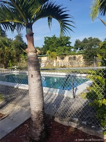 1 Bedroom, Hollywood Lakes Rental in Miami, FL for $1,400 - Photo 1