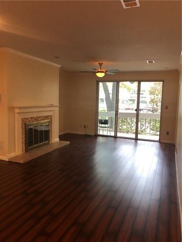 2 Bedrooms, Bonaventure Condominiums Rental in Dallas for $1,600 - Photo 1