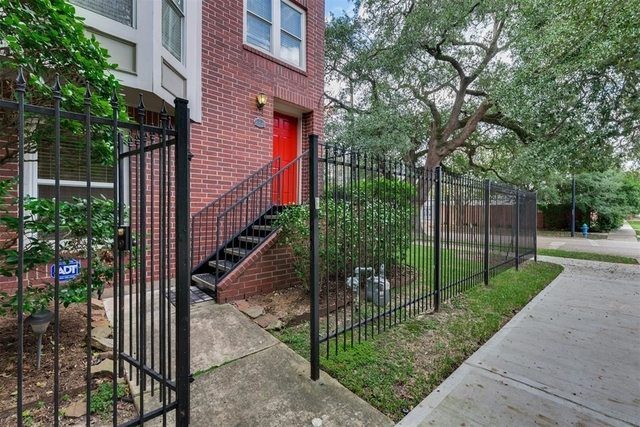 3 Bedrooms, Midtown Rental in Houston for $2,500 - Photo 1