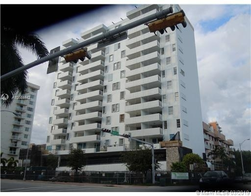2 Bedrooms, Belle View Rental in Miami, FL for $2,000 - Photo 1
