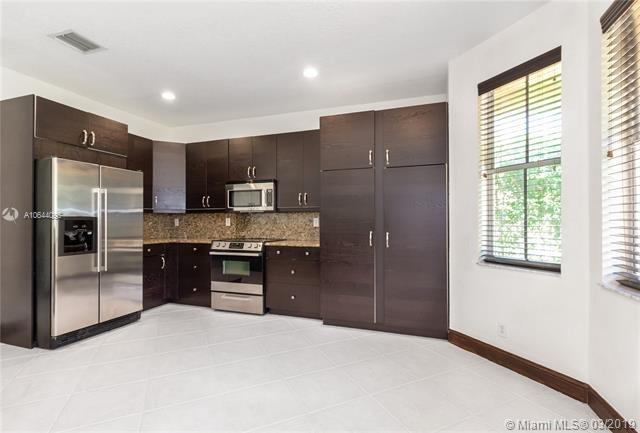 5 Bedrooms, Weston Rental in Miami, FL for $3,800 - Photo 2