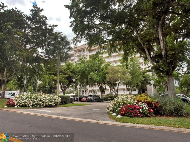1 Bedroom, Palm Aire Rental in Miami, FL for $1,450 - Photo 2