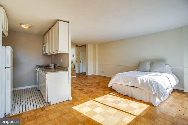 Studio, West End Rental in Washington, DC for $1,950 - Photo 2
