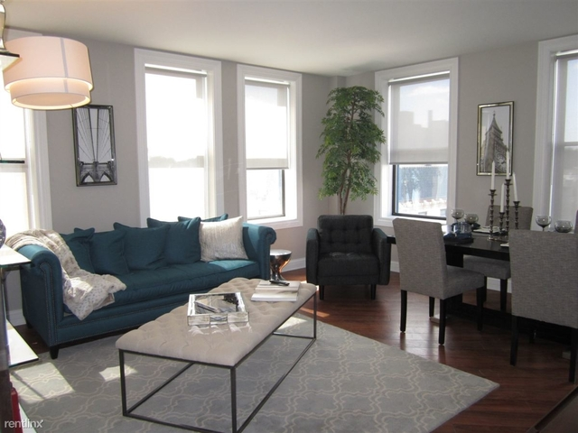 1 Bedroom, Margate Park Rental in Chicago, IL for $1,705 - Photo 2