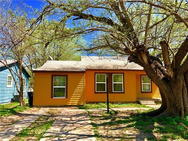 3 Bedrooms, South Hills Rental in Dallas for $1,200 - Photo 1