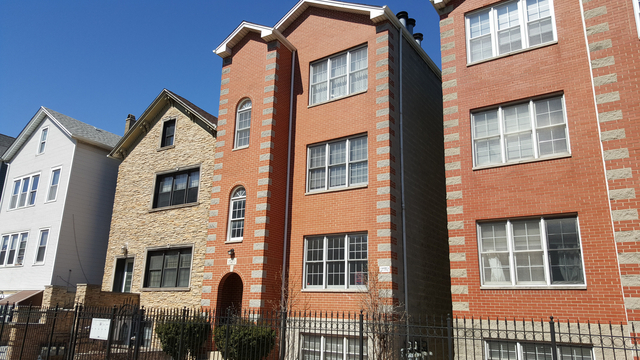 3 Bedrooms, River West Rental in Chicago, IL for $2,000 - Photo 1
