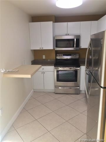 2 Bedrooms, Miami Urban Acres Rental in Miami, FL for $1,800 - Photo 2