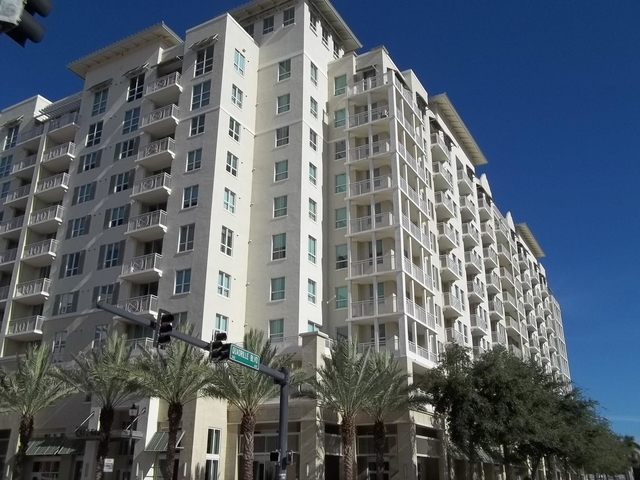 1 Bedroom, Downtown West Palm Beach Rental in Miami, FL for $1,750 - Photo 1