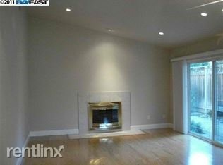 2 Bedrooms, North Inglewood Rental in Los Angeles, CA for $2,000 - Photo 2