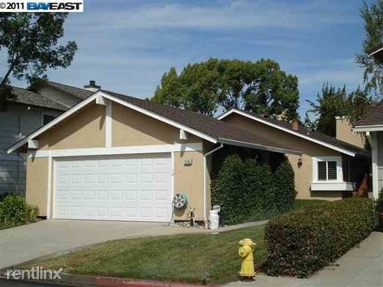 2 Bedrooms, North Inglewood Rental in Los Angeles, CA for $2,000 - Photo 1