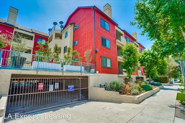 2 Bedrooms, North Inglewood Rental in Los Angeles, CA for $2,400 - Photo 1