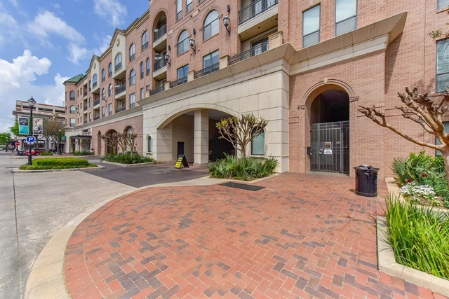 3 Bedrooms, The Market at Town Center Rental in Houston for $2,700 - Photo 2