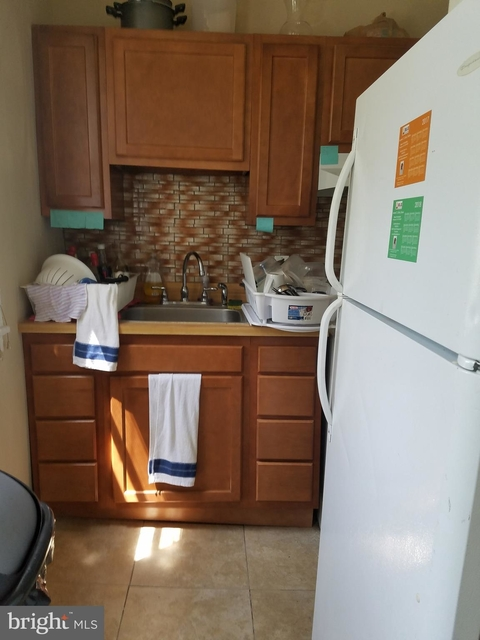 3 Bedrooms, Mantua Rental in Philadelphia, PA for $1,200 - Photo 2