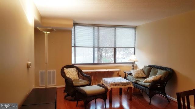 1 Bedroom, North Bethesda Rental in Washington, DC for $1,600 - Photo 2