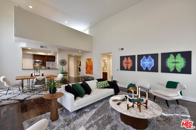 2 Bedrooms, Hollywood Hills West Rental in Los Angeles, CA for $4,999 - Photo 1
