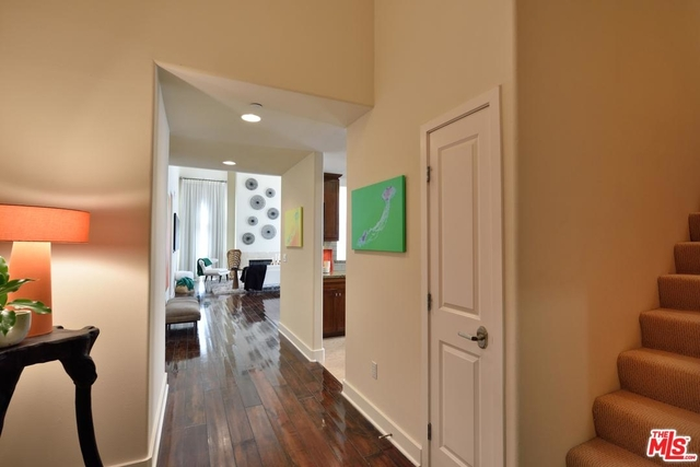 2 Bedrooms, Hollywood Hills West Rental in Los Angeles, CA for $4,999 - Photo 2