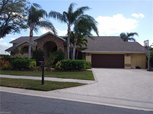 5 Bedrooms, Carillon Woods Rental in Fort Myers-Cape Coral, FL for $3,100 - Photo 1