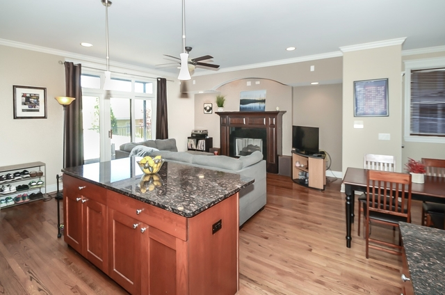 2 Bedrooms, Edgewater Beach Rental in Chicago, IL for $2,150 - Photo 2