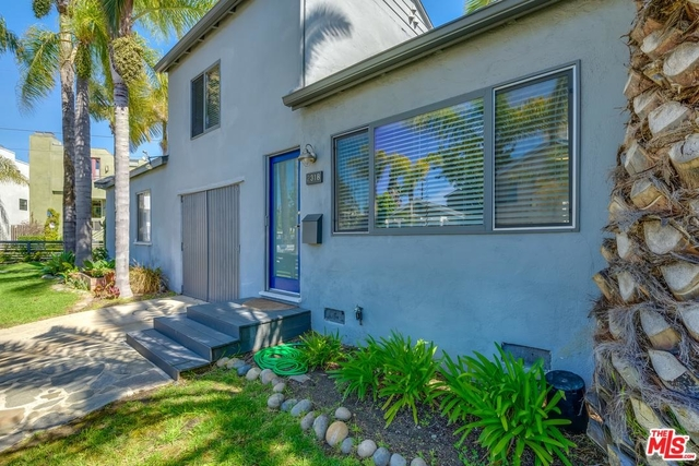 2 Bedrooms, Silver Triangle Rental in Los Angeles, CA for $4,995 - Photo 1