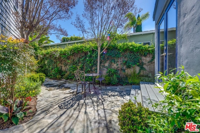 2 Bedrooms, Silver Triangle Rental in Los Angeles, CA for $4,995 - Photo 2