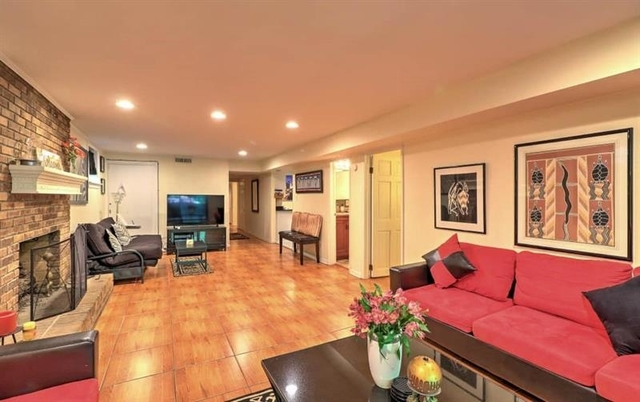 2 Bedrooms, Druid Hills Rental in Atlanta, GA for $2,295 - Photo 2