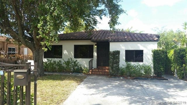4 Bedrooms, Coral Way Rental in Miami, FL for $3,500 - Photo 1