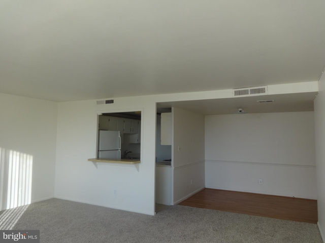 2 Bedrooms, Seminary Hill Rental in Washington, DC for $1,585 - Photo 1