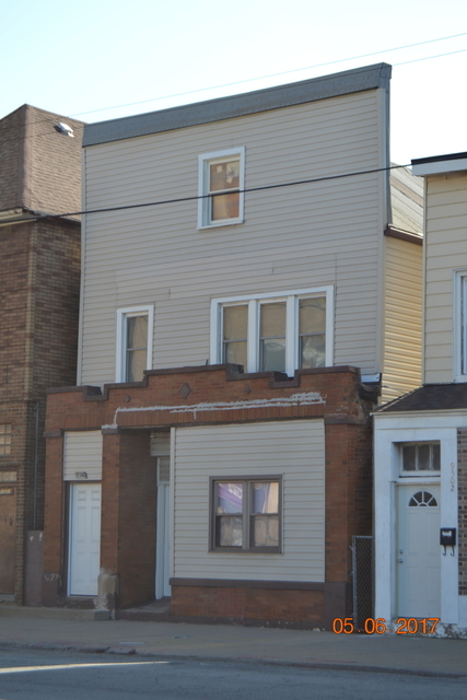 3 Bedrooms, South Deering Rental in Chicago, IL for $1,300 - Photo 1