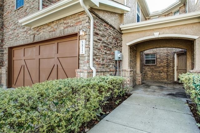 3 Bedrooms, The Cascades at The Legends Rental in Dallas for $1,750 - Photo 2